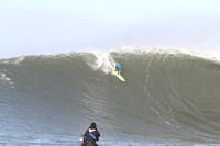 Mavericks Surf 2010-397